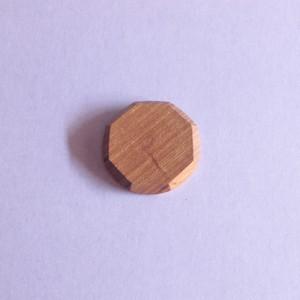 木こりのバッジ|50mm角|001