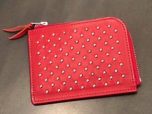 DOT STUDS SHORT ZIP WALLET (RED) / METAL JACKET