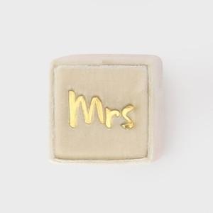 THE MRS.BOX(ザ・ミセスボックス)クラシックサイズ「mrs」MARGAERY(アイボリー)