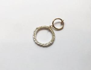 〈絹糸〉小さいまるイヤリングorピアス