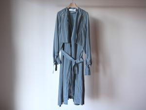 『GALERIE VIE』No Collar Trench Coat