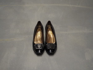 BALLY Toe-Belted Heel Pumps [S441]