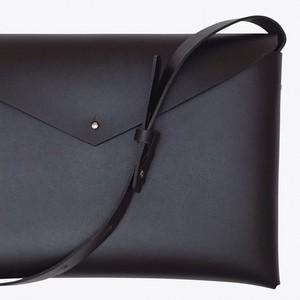 basic shoulder bag M #black/ ベーシックショルダーバッグM #黒色