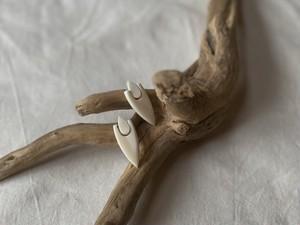 horn knocker pierce