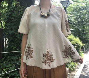 Embroidered tops【Vintage  product】