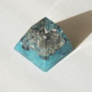 ミニピラミッド 水色