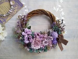 Lune Bonheur <Sumire Chocolat>*ハーフムーンリース*プリザーブドフラワー*リース*お花*ギフト*結婚祝い*記念日*新築祝い*お誕生日祝い*春の新作