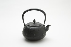 鉄瓶 平丸大アラレ 1.3L 佐藤勝芳