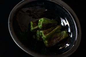 翠窯 / カレー皿(黒瑠璃)