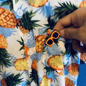 ブルーパイナップル柄のキッズアロハシャツ