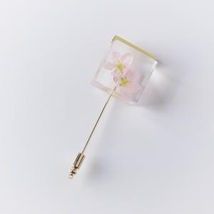 桜のラペルピン2020(啓翁桜, さくら, レジン, ブローチ, ブートニエール, 送料無料)
