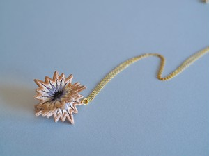 ARRO / Embroidery Necklace / SPUTNIK / pink beige