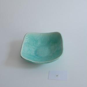 つぐみ製陶所 レリーフ角鉢 インコ トルコ青B
