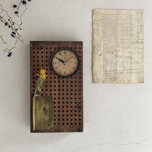 Clock 770