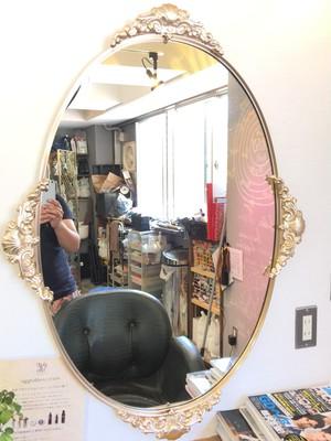 【アンティーク】綺麗な装飾のウォールミラー