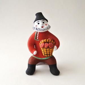 カルゴポリ土人形 / きのこ狩りおじさん