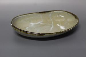 斑唐津アワビ型平皿