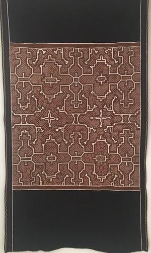アマゾンの大刺繍 シピボ族の泥染刺繍タペストリー18 白緑