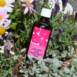 EZO ROSE & WHITE BIRCH ESSENCE