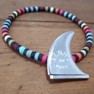 "NO WAVE NO LIFE+ / COLORS""AROHA & SURF"" BEADS Bracelet  by DYANI"
