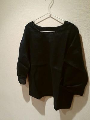 【送料込み】KAORUさんの手作りリネンシャツ紺色~変わり袖七分9号M