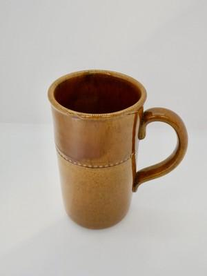 Höganäs keramik(ホガナス ケラミック)・Old Höganäs マグ (製造時にできた欠けあり)