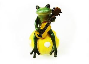 カエルオブジェ キノコ乗り蛙ミュージシャン ギター  ed10985c-1711