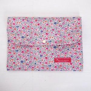 リバティ 母子手帳ケース カミール/ピンク・ブルー B6サイズ マルチケース
