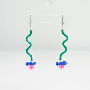 くねくねポップ Pierces / Earrings -memphis green-