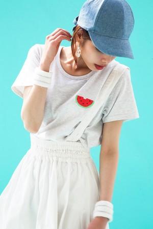 スイカTシャツ(ホワイトグレー)