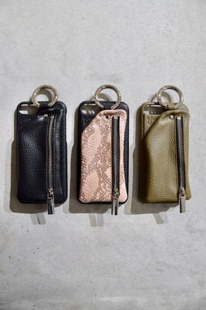 【ajew】cadena zip phone case 6/6s/7/8共通