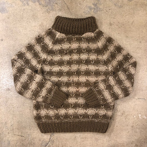Albee Turtle Neck Sweater ¥5,900+tax