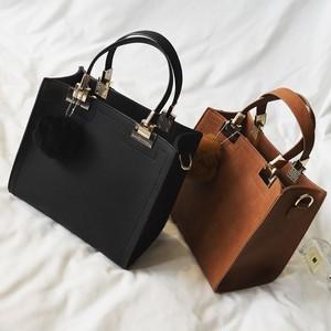 【バッグ】韓国風毛玉付き手持ち斜め掛け4色トートバッグ15965681