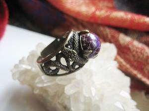 【8月再販予定】魔女モルガーナの紫蛇リング