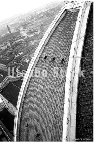 1954年撮影 サンタマリアデルフィオーレ大聖堂 ドーム上空【268195401】
