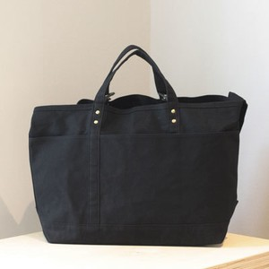 SHOULDER TOTE Black