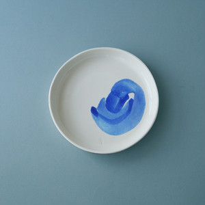 MARGARIDA FABRICA  1/2 DOSE Plate - blue painted