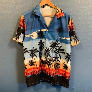 サンセットビーチのグラデーションアロハシャツ