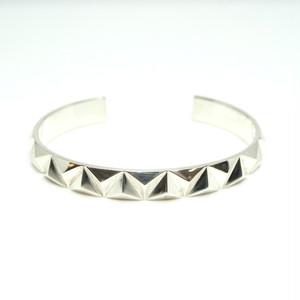 triangle stud wide bangle - SV