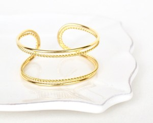 Double line petit chain bangle
