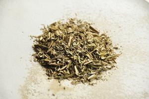日野焙じ茶  / 砂炒り焙煎 至高の香味 < 満田久樹作 在来種 >