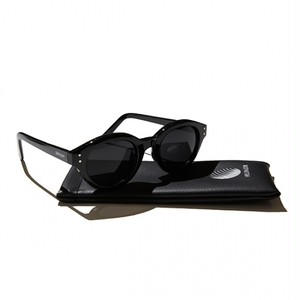 【HELLRAZOR】Monk Sunglasses - Black/Smoke