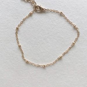 249..Dot bracelet