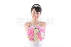 【0124】ブーケを持つ花嫁