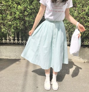 button flared skirt/check