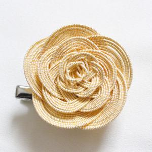 【便利な2way】薔薇のコサージュ兼ヘアアクセサリー ゴールド