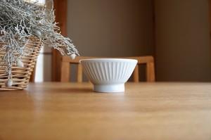 砥部焼/くらわんか茶碗(小)鎬/ひろき窯
