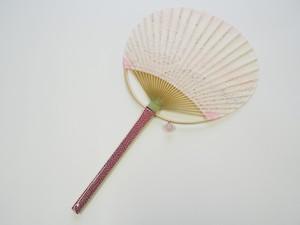 """丸亀うちわ 恋風(天然石 ローズクオーツのチャーム付き)    Marugame Uchiwa Fan  """"Koikaze"""" with rose quartz stone charms"""