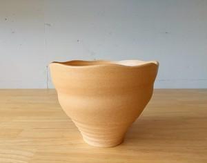 茶チタン釉鉢