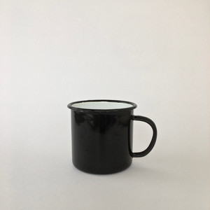 黒い琺瑯のマグ|Black Enamel Mug